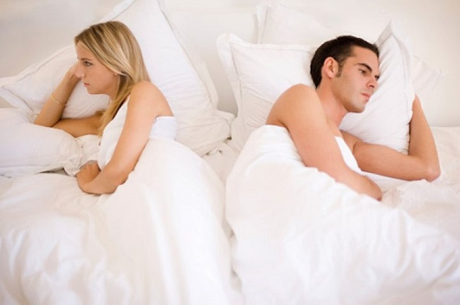 Nồng độ testosteron suy giảm kéo theo giảm ham muốn ở đàn ông